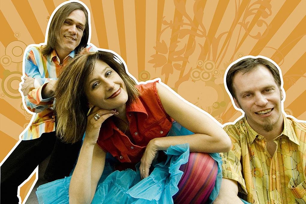 Musical group Milkshake.